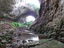 La cueva pintoresca Fotos de archivo