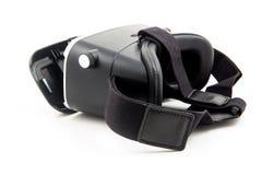La cuffia avricolare di futuro VR annerisce la mezza vista frontale trasformata realtà virtuale isolata su fondo bianco VR ed esp Fotografia Stock