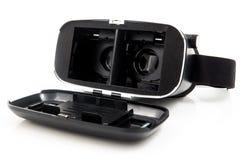 La cuffia avricolare di futuro VR annerisce la mezza vista frontale trasformata realtà virtuale isolata su fondo bianco VR ed esp Fotografia Stock Libera da Diritti