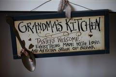 La cuisine de la grand-maman photographie stock libre de droits