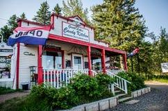La cuisine de sucrerie de Great Lakes est une boutique de cadeaux touristique de bord de la route populaire au Minnesota photographie stock libre de droits