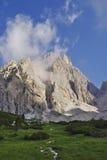 La cumbre de Cristallo, uno del pico más alto de la dolomía Foto de archivo