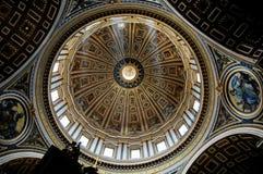 La cupola centrale di St Peter, Roma Fotografia Stock