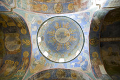 La cupola della chiesa con gli affreschi Fotografie Stock Libere da Diritti