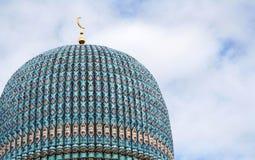 La cupola della moschea a St Petersburg, Russia Fotografia Stock Libera da Diritti