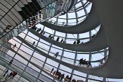 La cupola di Reichstag, Berlino Immagini Stock