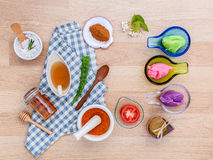 La cura di pelle alternativa varia sfrega, citronella sfrega, lavend Immagine Stock