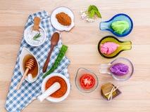 La cura di pelle alternativa varia sfrega, citronella sfrega, lavend Immagine Stock Libera da Diritti