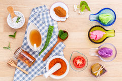 La cura di pelle e casalingo alternativi sfrega con naturale ingredien Immagine Stock Libera da Diritti