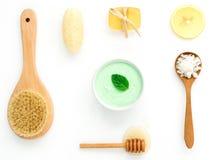 La cura di pelle e casalingo alternativi sfrega con naturale, sale marino Fotografia Stock Libera da Diritti