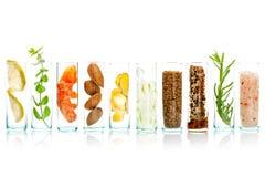 La cura e l'ente di pelle casalinghi sfrega con l'aloe naturale degli ingredienti Fotografia Stock