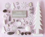 La décoration, configuration plate, Frohe Weihnachten signifie le Joyeux Noël photo libre de droits