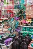 La décoration de fête présente le magasin Hoff Images libres de droits