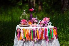 La décoration de mariage, aiment le signe en bois photos stock