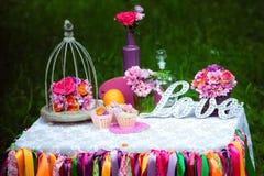 La décoration de mariage, aiment le signe en bois Photo libre de droits