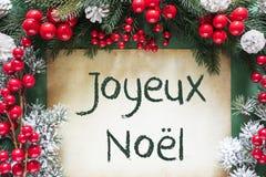 La décoration de Noël aiment la branche d'arbre de sapin, Joyeux Noel Means Merry Christmas photographie stock libre de droits