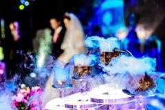 La décoration et l'éclairage de la scène de mariage Photo libre de droits