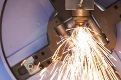 La découpeuse de laser de tube ou de tuyau Photos stock