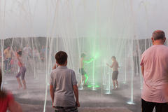 La découverte de la fontaine Photo libre de droits