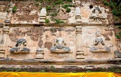 La déité de gardien ou la statue d'ange sur la pagoda. Image libre de droits