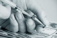 La dépendance de dose ou toxicomanie thérapeutique Photographie stock libre de droits