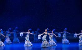La danse folklorique four-chinoise de Fée-porcelaine de chance Photos libres de droits