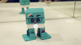 La danza del robot almacen de video