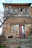La datazione dell'edificio residenziale di nuovo al 1800 all'inizio del è corrisponde fuori alle sue gallerie moucharaby Immagine Stock Libera da Diritti