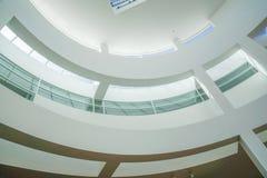 La de centro getty de la arquitectura del diseño moderno imagenes de archivo