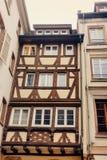 La de entramado de madera viejo Petite France, Estrasburgo de las casas fotos de archivo
