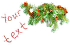 La decoración de la Navidad en un abeto ramifica con t Imagen de archivo libre de regalías