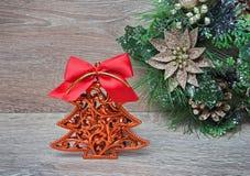 La decoración del Año Nuevo como árbol de pino Foto de archivo