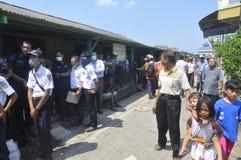 La demolizione delle case su terra ha posseduto la pinta KAI a Samarang Immagini Stock Libere da Diritti