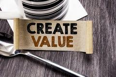 La demostración del texto del aviso de la escritura crea valor Concepto del negocio para crear la motivación escrita en el docume ilustración del vector
