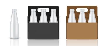 La derisione sulla bottiglia realistica, sul cartone, sulla scatola e sul prodotto d'imballaggio della bevanda per latte o il suc Fotografia Stock Libera da Diritti