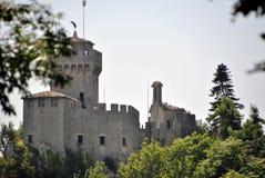 La deuxième tour du Saint-Marin, du Cesta ou du Fratta photographie stock libre de droits