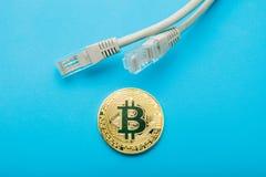 La devise anonyme pour le paiement par l'intermédiaire de l'Internet est bitcoin image stock