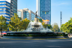 La Diana la fontaine de chasseuse à Mexico images stock