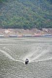 La diga di Bhumibol in Tailandia Fotografie Stock Libere da Diritti