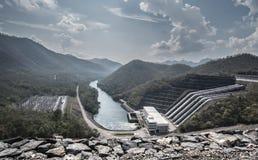 La diga Kanchanaburi Tailandia di Srinagarind Immagini Stock Libere da Diritti