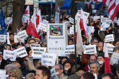 La dimostrazione del comitato della difesa dei mezzi di /wolne di media di democrazia KOD gratis immagine stock libera da diritti