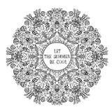 La disposizione dei fiori in un cerchio ha lasciato l'estate essere fresca Immagini Stock Libere da Diritti
