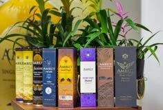 La distilleria indiana del whiskey del singolo malto di Amrut imbottiglia Kiev, Ucraina immagine stock libera da diritti