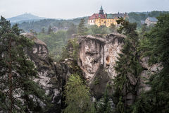 La do ¡ de Skà do ¡ de Hrubà - castelo Fotografia de Stock Royalty Free