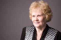 La donna anziana. Immagine Stock