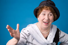 La donna anziana allegra. Immagine Stock