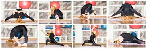La donna che fanno l'yoga di esercizio e i pilates posano sulla stuoia in palestra Asana Il concetto dello sport, della forma fis Fotografia Stock