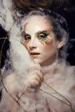 La donna con creativo compone il primo piano Fotografia Stock