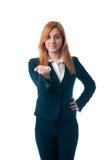 La donna di affari con capelli rossi offre comprare fotografie stock