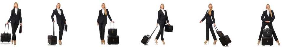 La donna di affari con la valigia isolata su bianco immagine stock
